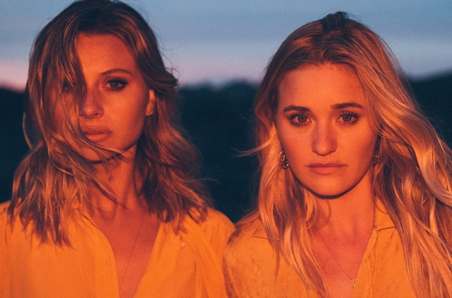 Aly-and-AJ-press-photo-by-Stephen-Ringer-2017-billboard-1548.jpg